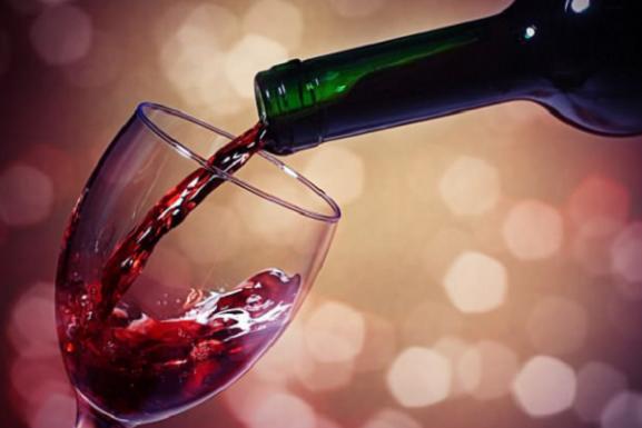 Rượu vang đỏ tốt cho sức khỏe tim mạch?